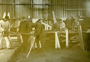 Assembling Undercarriages, Aviation US, WWI, old Photo