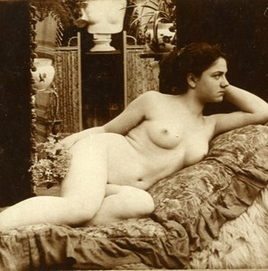France Nude Woman in a Studio Risque old Stereoview Photo 1900'