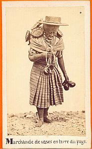 Vase Pottery Seller, Mexico, old Michaud CDV 1865'