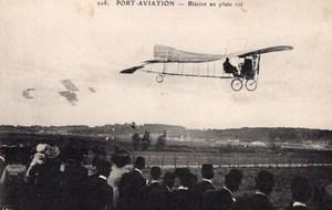 France Port Aviation Louis Bleriot in Flight Monoplane Old Postcard 1909