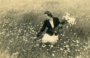 North of France Lady picking Daisy in Field Bouquet old Geesen Photo 1930's