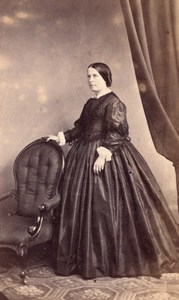 Woman Victorian Fashion Clothes UK, old CDV Photo 1860'