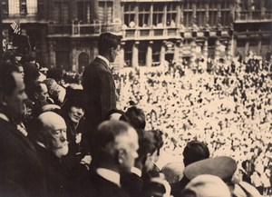 Lindbergh at Brussels Town Hall crowd old Photo 1927
