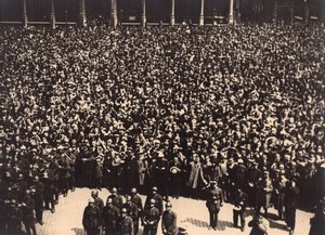 Lindbergh crowd on Brussels Grand Place old Photo 1927