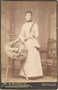 France Montpellier Woman Flowers Work old CC Photo 1890