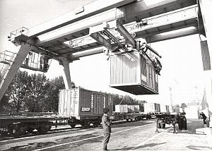 France SNCF New Transcontainers Railroad old Photo 1969