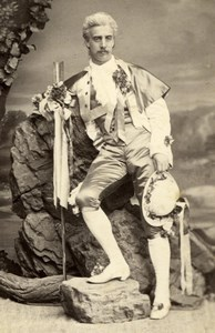 Duc Gualtire in Costume Wien Old Adle CC Photo 1869