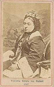 Queen Victoria United Kingdom old CDV Photo 1865