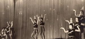 Girls Ballet Dancers Costume France Old Photo 1950'