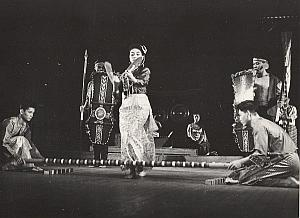Philippines Singkil Dance Ballet Music Paris Bernand Photo 1955