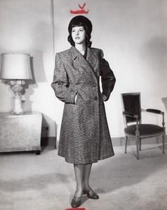 Anticommunist Photo 1960 US Model with Soviet Fashion