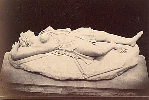 Dead Amazon Epigonus Sculpture old Photo 1880