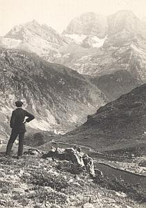 Vallee de Gavarnie Valley Pyrenees Mountain Photo 1900