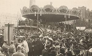 Paris Foire du Trone Manege Merry Go Round Photo 1910