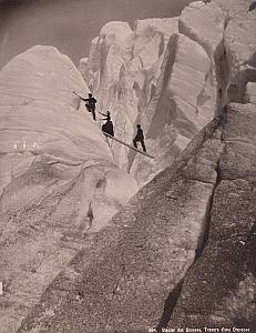 Alpes Mont Blanc Ice Climbers Animated Old Photo 1890