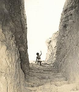 Israel Amiram Young Boy Staircase Old Maziere Photo 1965