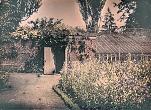 France Saint Saulve Castle Garden Autochrome 1925