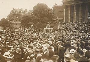 Victory Defile Parade Crowd Paris WWI old Photo 1918