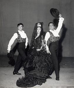 Vargas Ballet Folk Dance Photo Lipnitzki 1960