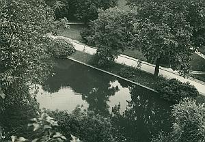 Buttes-Chaumont Park Paris France Old Photo 1965