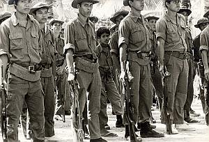 Vietnam Cambodia War Child Soldier Old Photo 1978