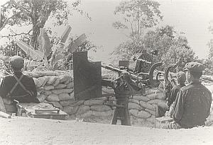 Vietnam Cambodia War Khmer Rouge Anti Aircraft Gun Artillery Koh Peam Photo 1978