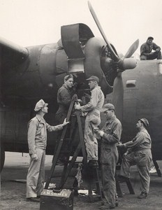 Maine WWII Aircraft Maintenance US Army Airfield Presque Isle Phot 1943