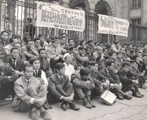 Hunger Strike Against Viernam Religious Oppression France old Photo 1963