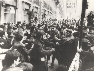 Demonstration Against Humphrey US Vice President Paris France old Photo 1967