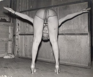 Lalin Francis Flexible Mexican Dancer & Strippper Old Photo c1960