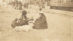 Bolivia La Paz Indian Women Railway ? Old Snapshot Photo 1910