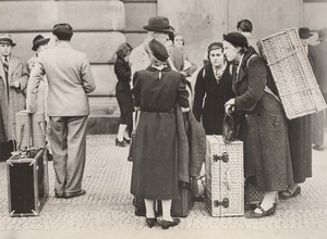 WWII Czech Praha Wilson Train Station Foreigners Departure Old Photo 1938