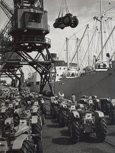 France Dunkerk Harbour Tractors Loading Old Photo 1950