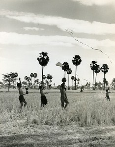Kite Portrait Sinoun little Cambodian Old Photo Wertheimer 1968