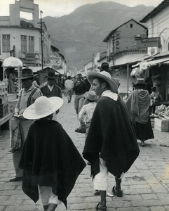 At the Market Portrait Micias Children of Andes Ecuador Old Photo Beauvais 1960