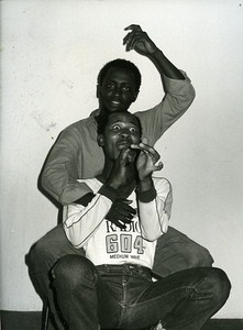 Percy Mtwa & Mbongeni Ngema dans Woza Albert Theater News Photo 1980