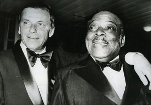 US Jazz Singer Frank Sinatra & Count Basie News Photo ca 1980