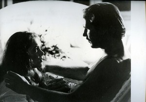 Kathleen Turner & William Hurt in Body Heat by Kasdan Cinema News Photo 1980