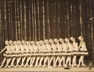 USA New York Globe Theatre Criss Cross Tiller Sunshine Girls ancienne photo White 1926