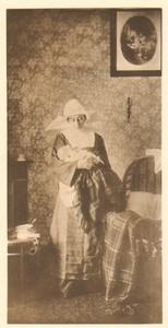 Belgium Sentiment d'Art en Photographie Nun & Baby old Halftone Bovier 1901