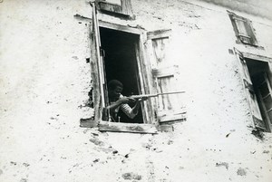 War Scene Shooter Sniper at the Window Africa Old Snapshot Photo 1950