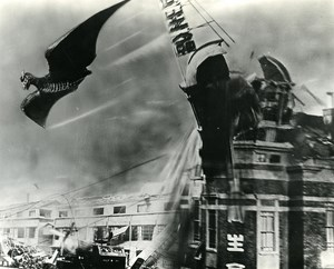 Japon Cinema Ishiro Honda Film Kaiju Eiga Rodan Ancienne Photo 1956