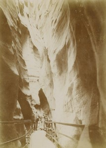 France Gorge Bridge unknown Location Family Portrait Amateur Photo Scrive 1900