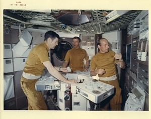 USA Houston Space Center Skylab Astronauts Kerwin Weitz Conrad Photo Nasa 1973