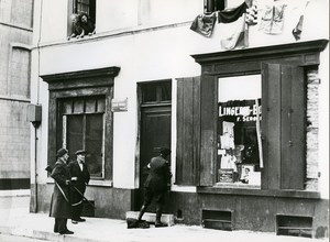 Belgium Liberation Brussels Collaborator Arrest Old Photo Guyaux 1944