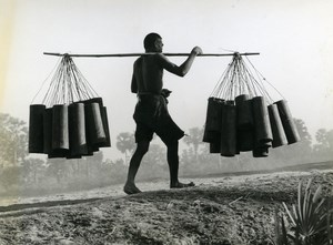Cambodge Sinoun Little Cambodgian Water Carrier Old Photo Odile Wertheimer 1970