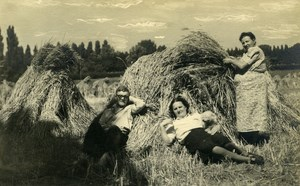 France Roubaix Resting in a Field Harvest Old Victor Vajda Photo 1930