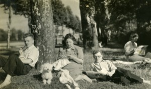 France Roubaix Resting Knitting under the Trees Dog Old Victor Vajda Photo 1930