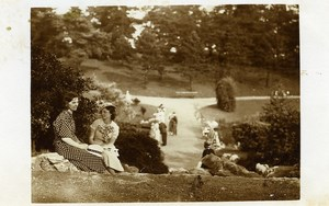 France Roubaix Lady Friends in Park Gardens Old RPPC Victor Vajda Photo 1930