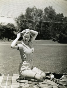 Cecilia Parker made ??a game of badminton MGM Photo 1932